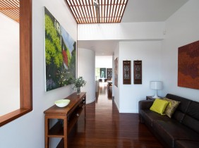 Clayfield M living area